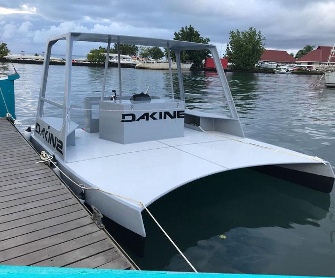 blue-composites-tahiti-reparations-bateau-9